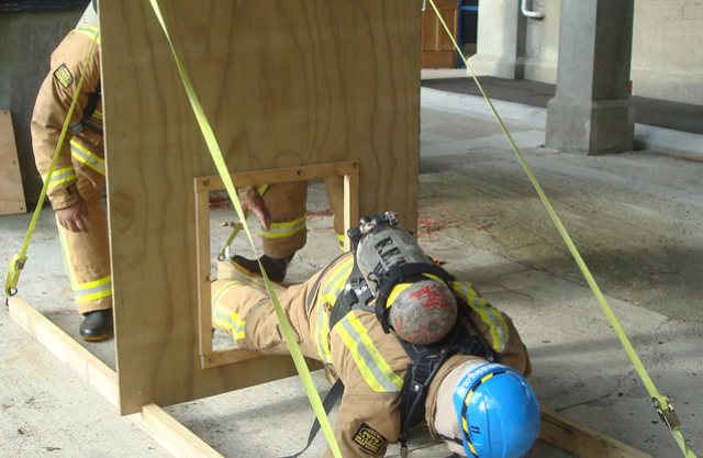 Breathing-Apparatus-Training-Course3.jpg